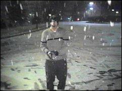 snow-11.jpg (11235 bytes)