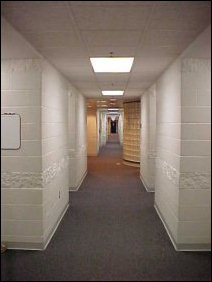 As you can see, the halls in Potomac are rather long... much longer than in McGraw-Long, and rooms are paired off (or single) in little nooks in the side of the hallway.  Very nice organization...